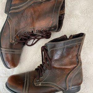 Kids size Steve Madden boots